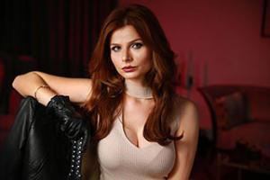 mistressnylons-interview-dominatrix-3