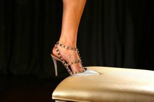 mistressnylons-silver-valentino-pumps