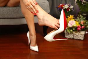 mistressnylons-white-redsoles